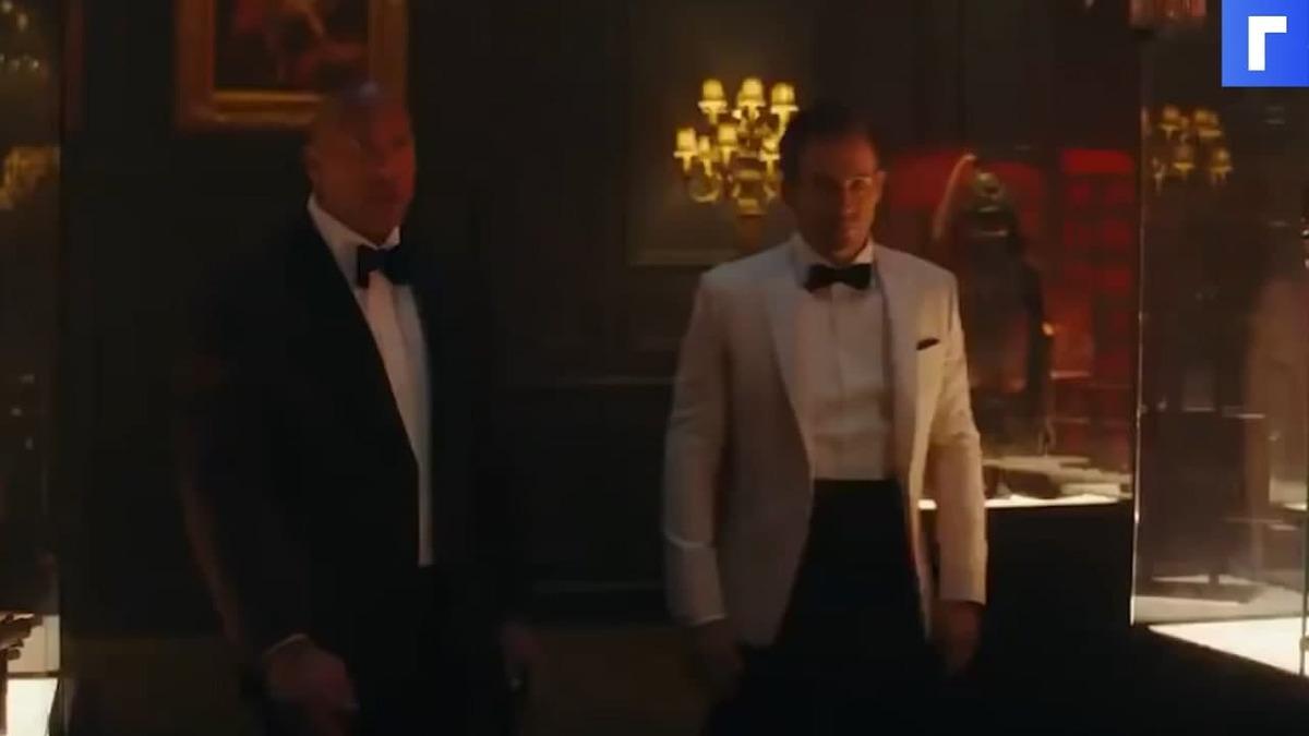 Netflix показал трейлер «Красного уведомления» с Галь Гадот