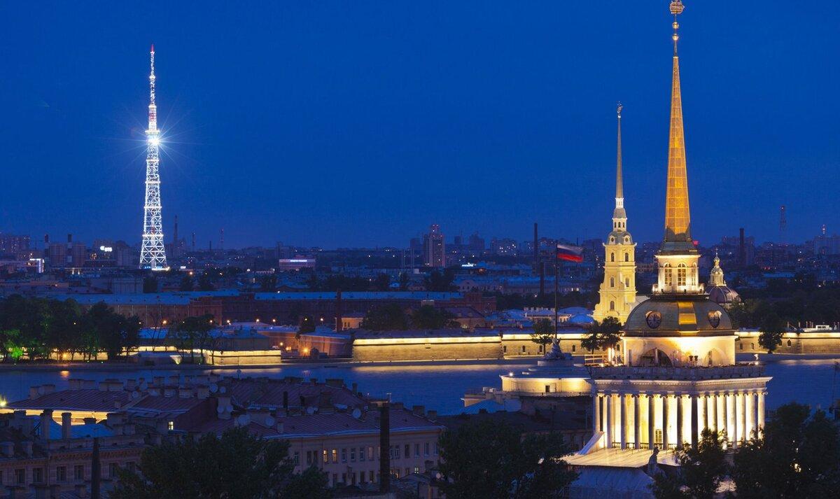 Ночью на УИК Выборгского района горел свет и находились неизвестные