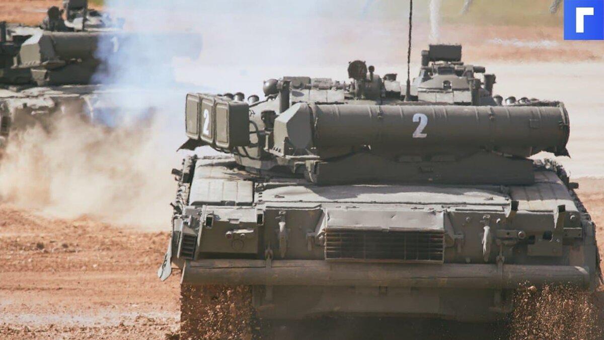 В Южно-Сахалинске танк упал на проезжую часть