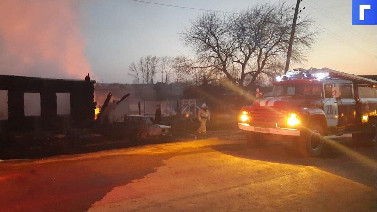 При пожаре в частном доме на Урале погибли пятеро детей