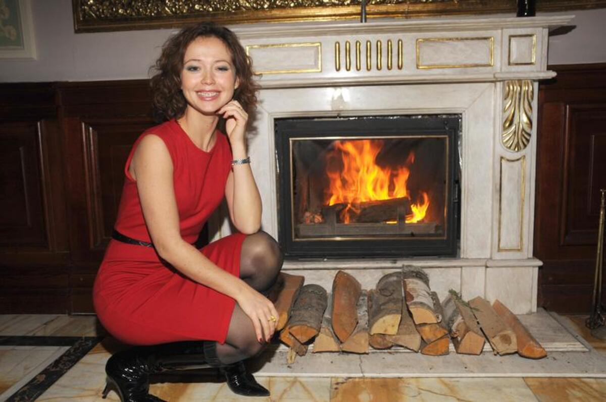 Стала мамой после потери ребенка: Актриса Захарова раскрыла тайны личной жизни