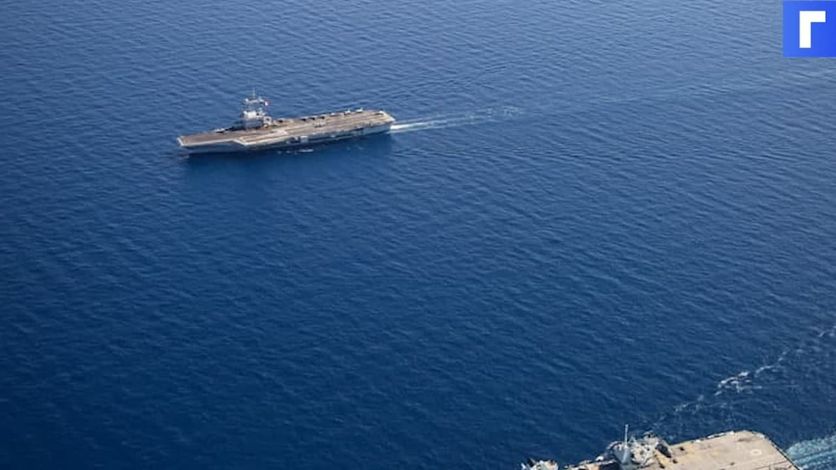Эсминец и фрегат НАТО вошли в акваторию Черного моря