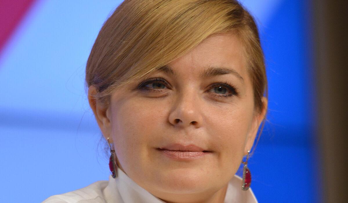 «Не надо больше худеть»: 43-летняя Ирина Пегова удивила глубоким декольте