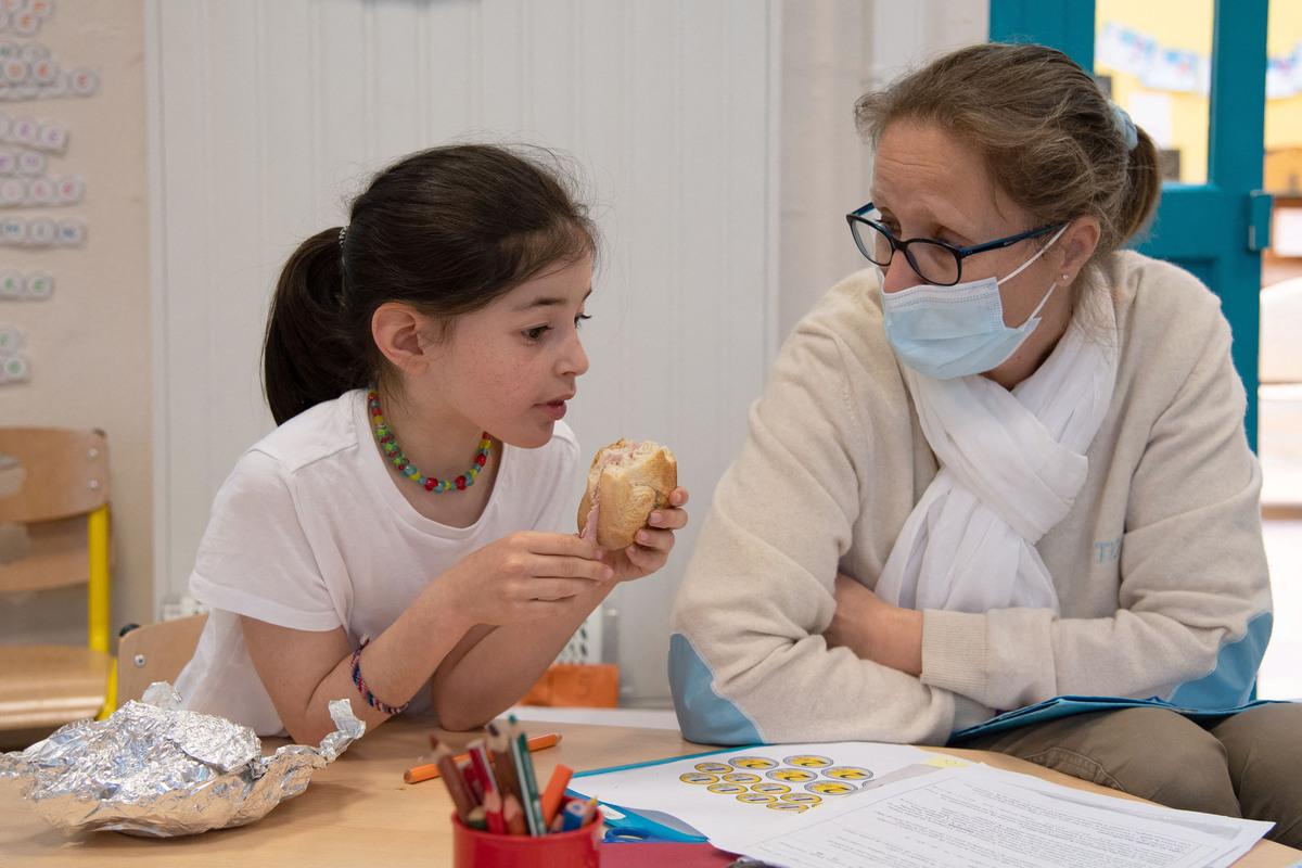 Глава УСП Барабанщиков применит в Петербурге практики «родительского участия» в школьном питании