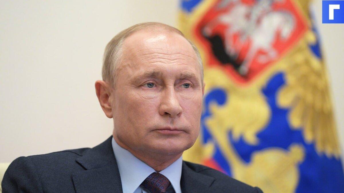 Путин поддержал участие волонтеров в политике