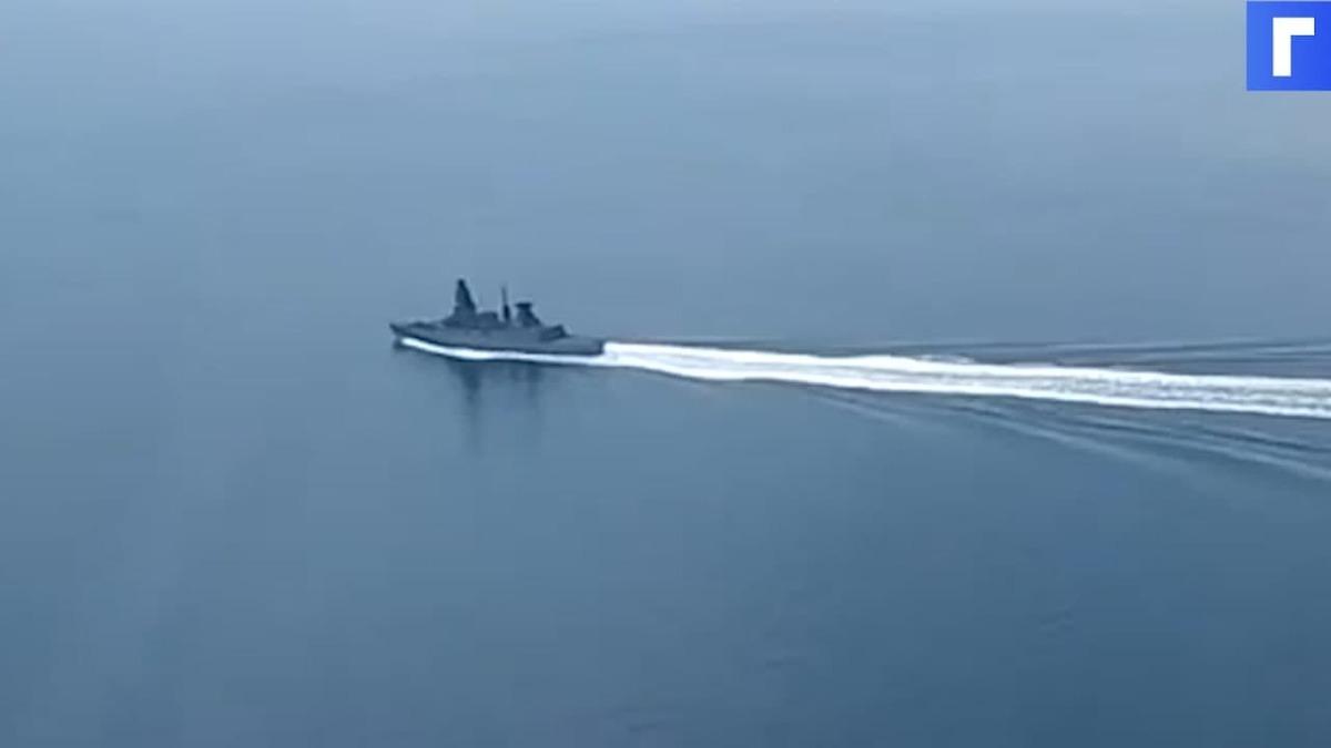 ФСБ опубликовала видеоматериалы по поводу нарушения госграницы РФ британским эсминцем
