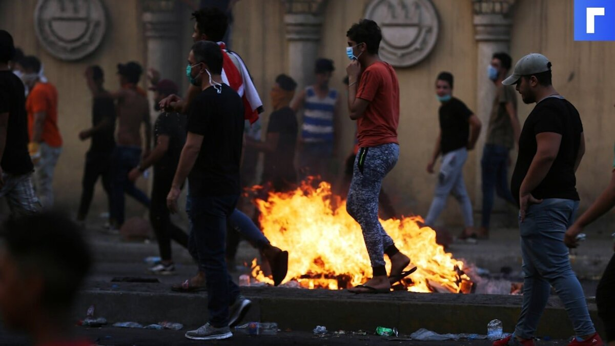 Число жертв взрыва в центре Багдада составляет от 8 до 15 человек
