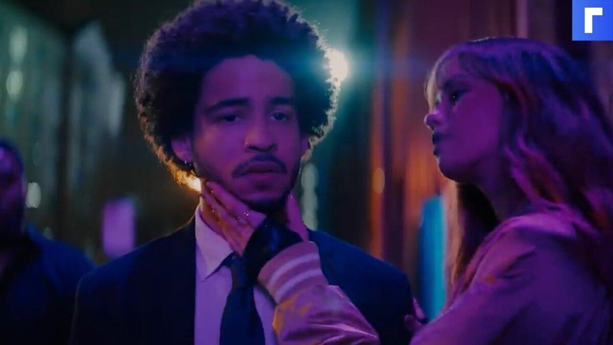 """Netflix показал трейлер вампирского хоррора """"Клыки ночи"""" с Меган Фокс"""