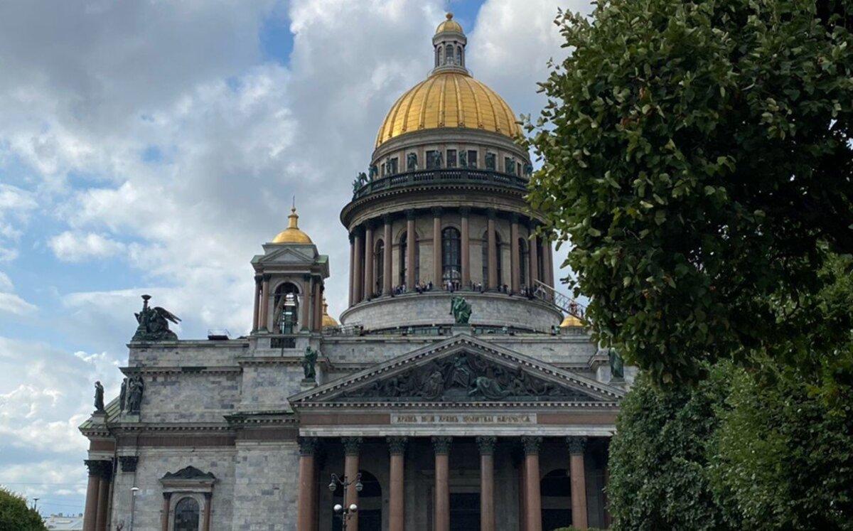 Беглов провалил жилищное обеспечение в Петербурге