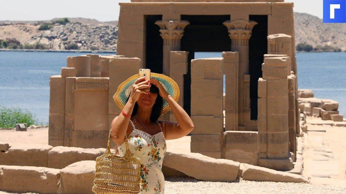 Путин разрешил чартерные рейсы на курорты Египта