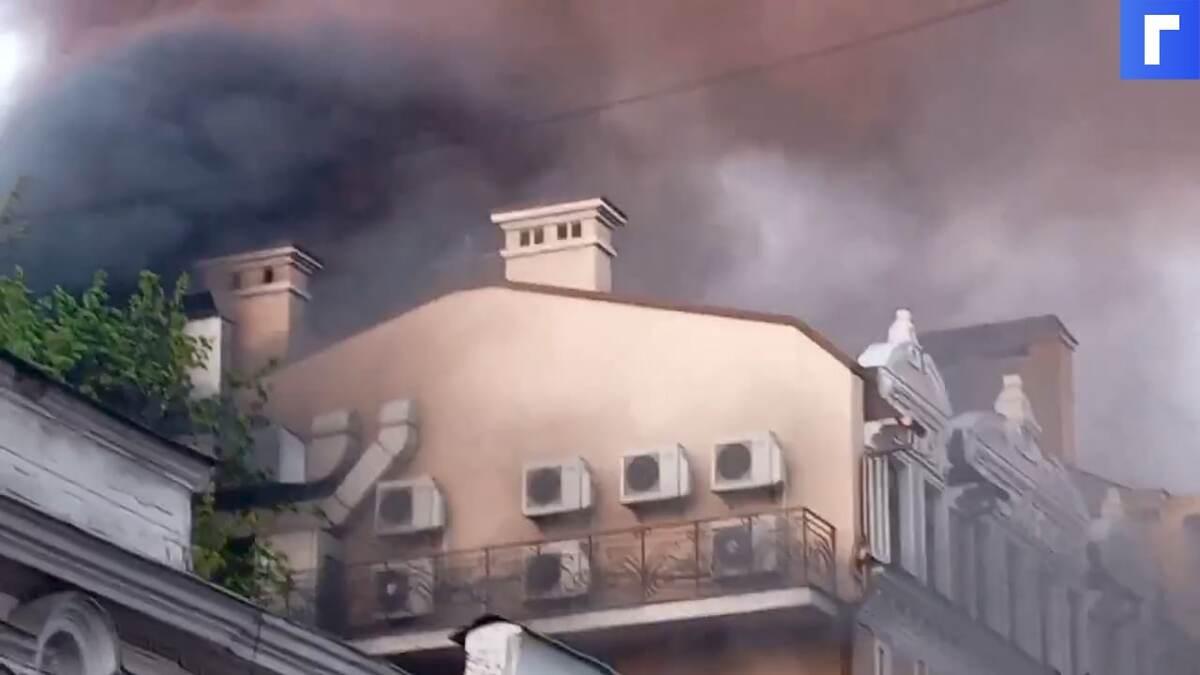 В Одессе загорелись популярный ресторан и отель