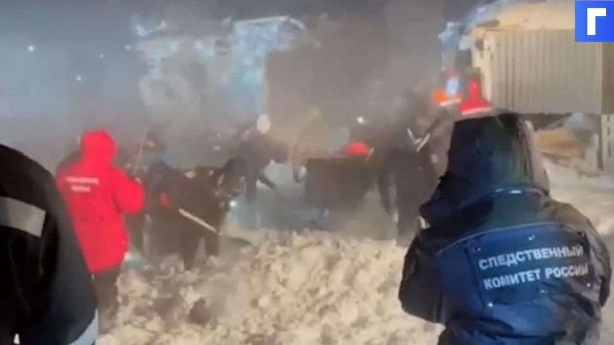 Поисково-спасательные работы на месте схода лавины в КЧР завершены