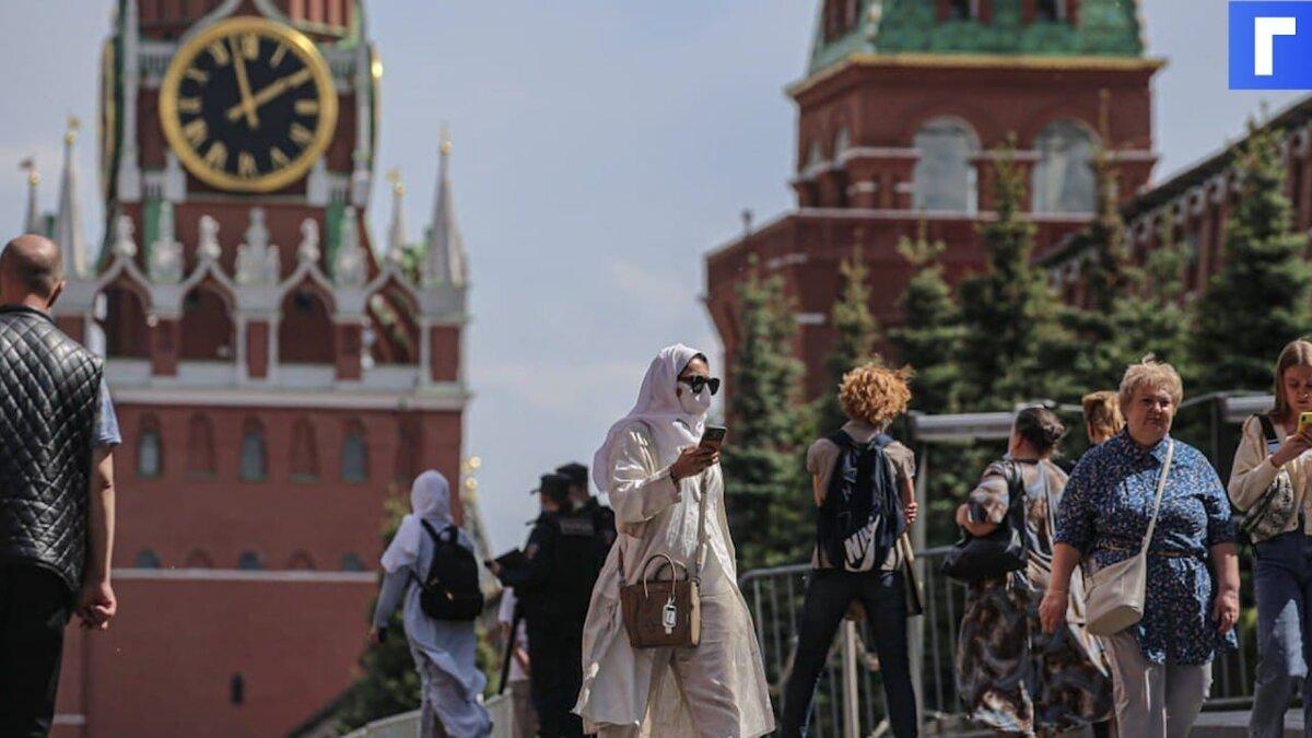 В Москве будут жестче следить за ношением масок и перчаток