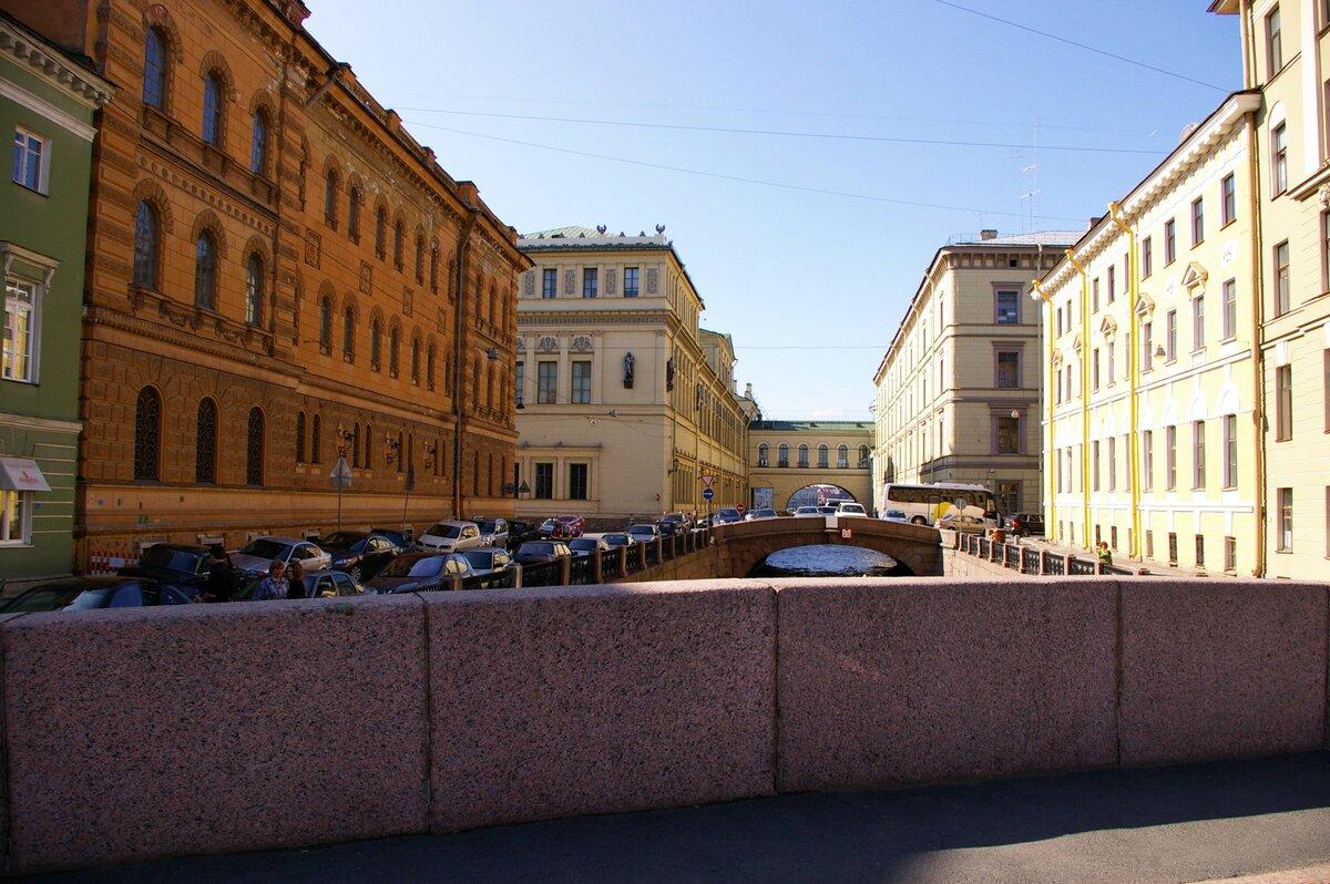 Петербург движется к статусу «города-банкрота»