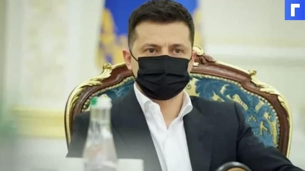 Зеленский ответил Путину словами об украинском флаге над Госдумой