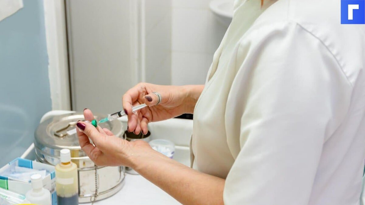 Россиян готовят к ревакцинации из-за «злого» индийского штамма коронавируса