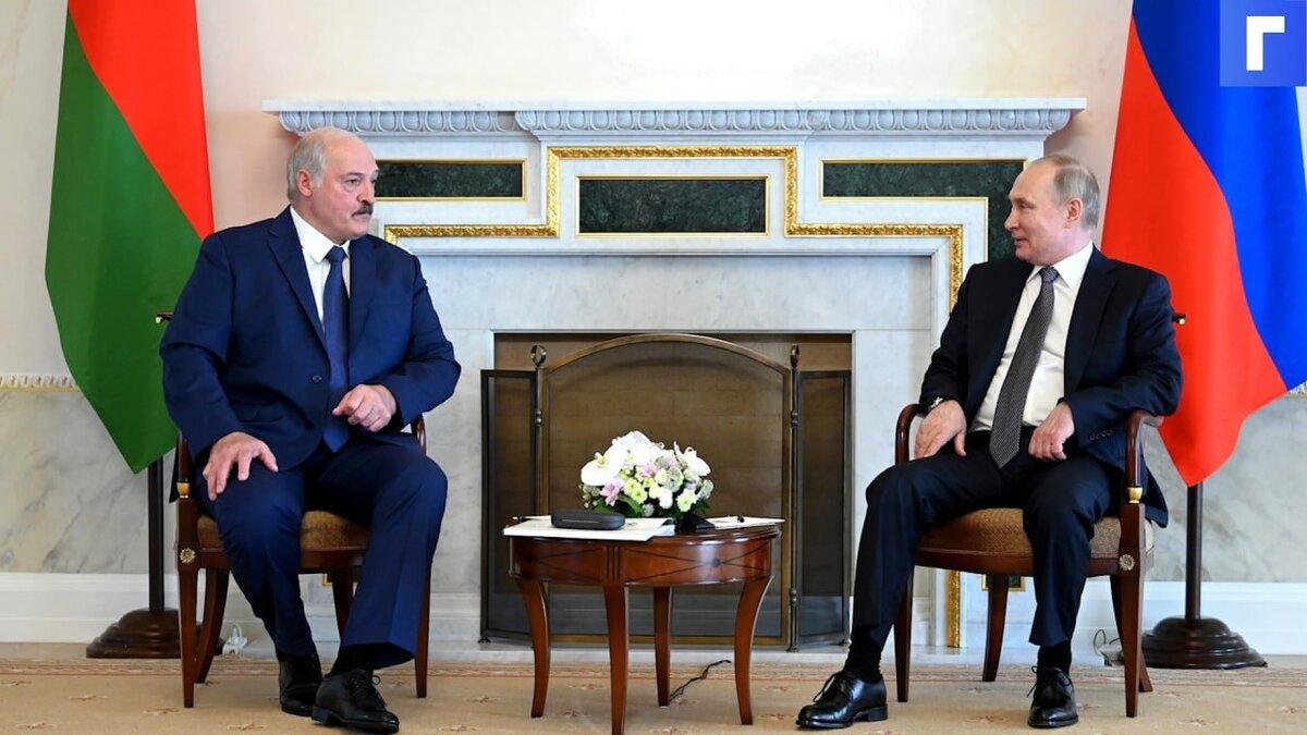 Путин и Лукашенко договорились о кредитах Минску в связи с налоговым маневром в РФ