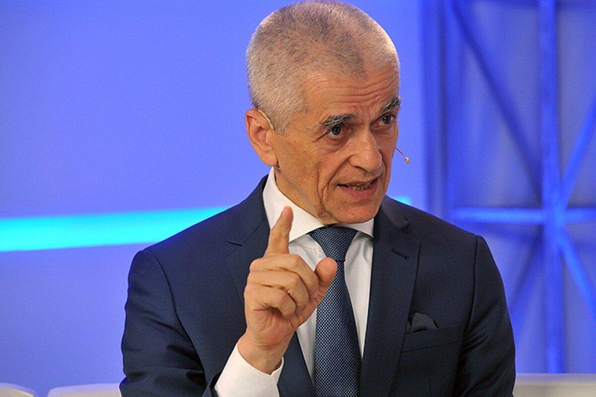 Онищенко назвал главное требование к питанию в детских садах и школах