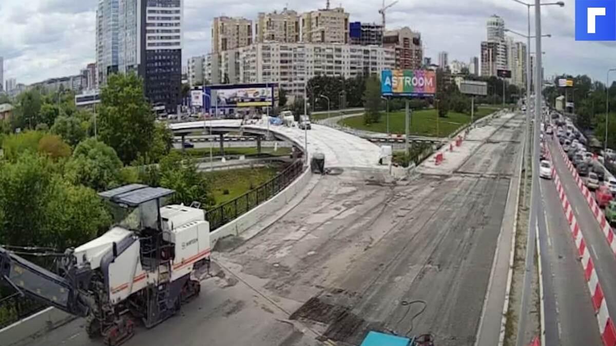Губернатор отчитал рабочих за огромную пробку в Екатеринбурге